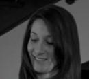 Julie Teeger (Housewife)