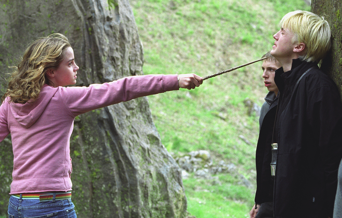 http://img3.wikia.nocookie.net/__cb20081122091002/harrypotter/images/d/d6/Hermywond.PNG