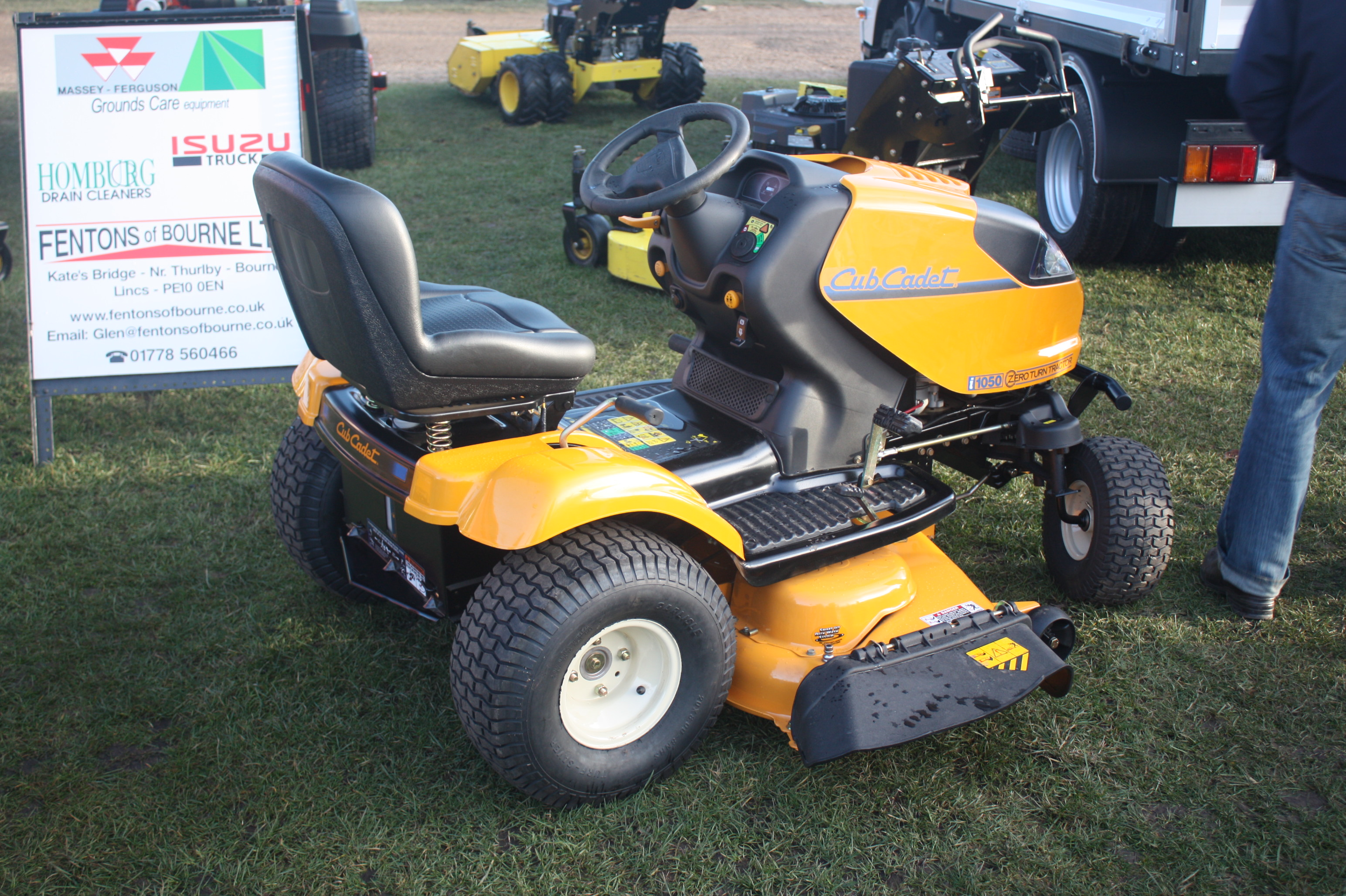 cub cadet lt  tractor construction plant wiki  classic vehicle  machinery wiki