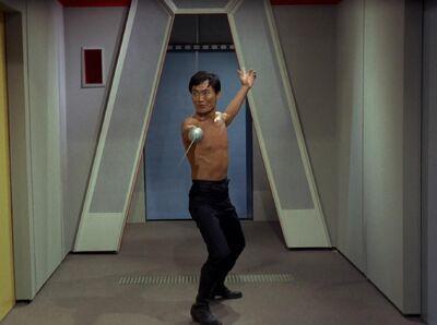Sulu mit Rapier