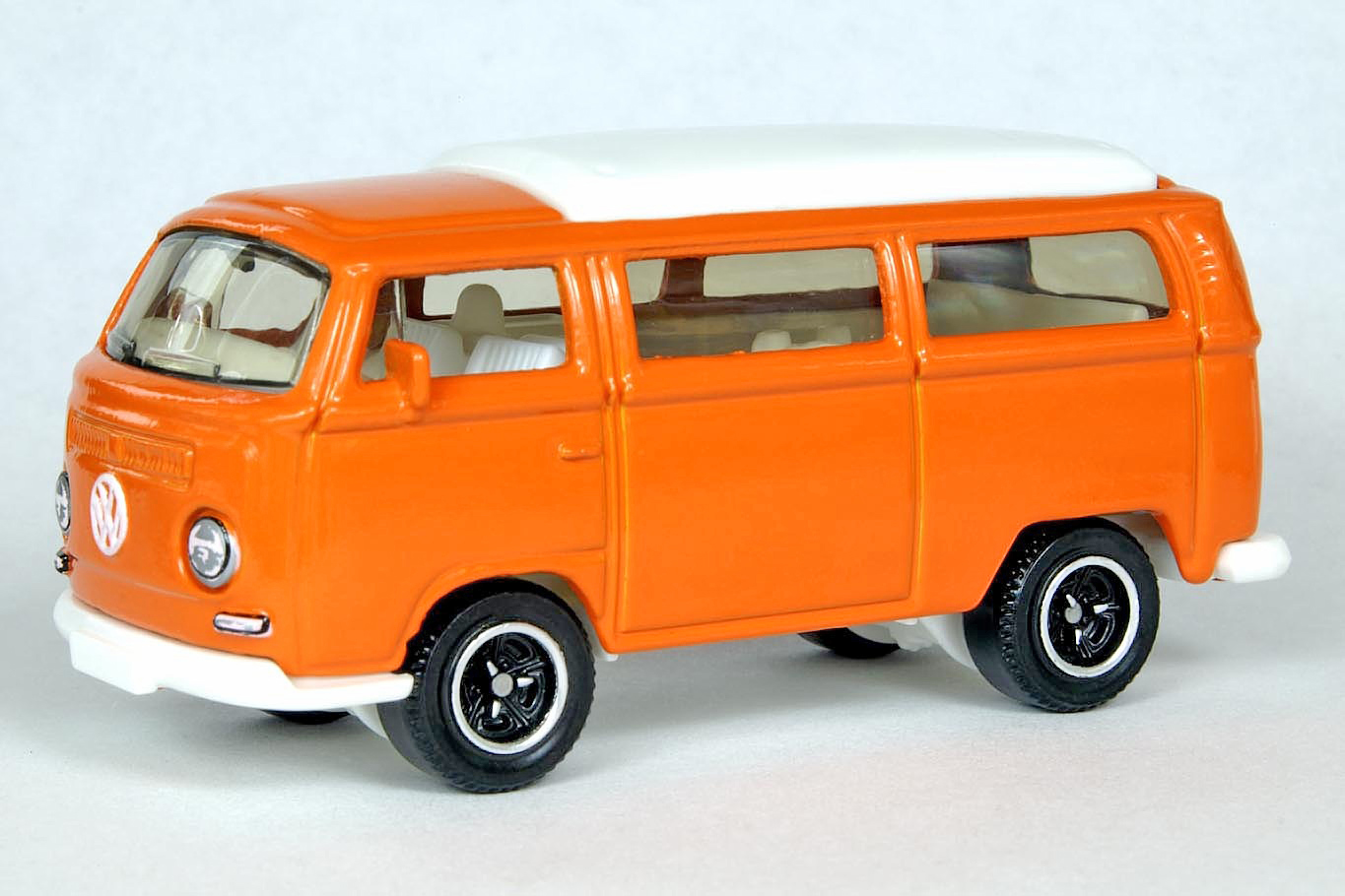 volkswagen t2 bus 1970 matchbox cars wiki. Black Bedroom Furniture Sets. Home Design Ideas