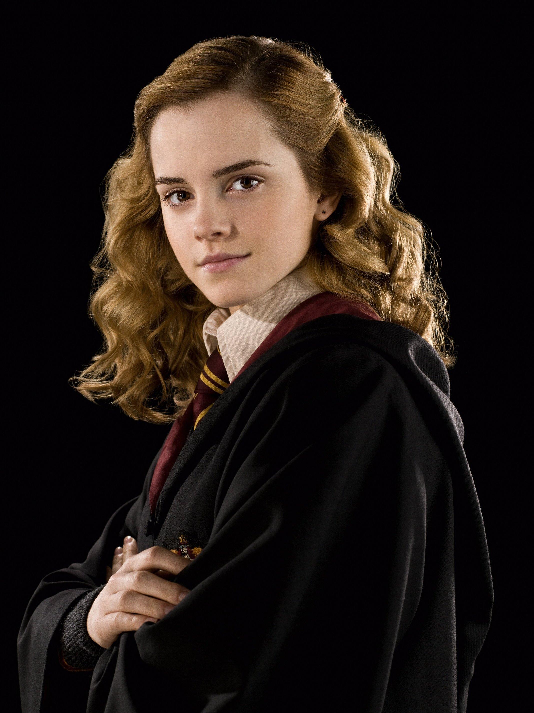 Hermione granger hbp promo 4 - Luna lovegood and hermione granger ...