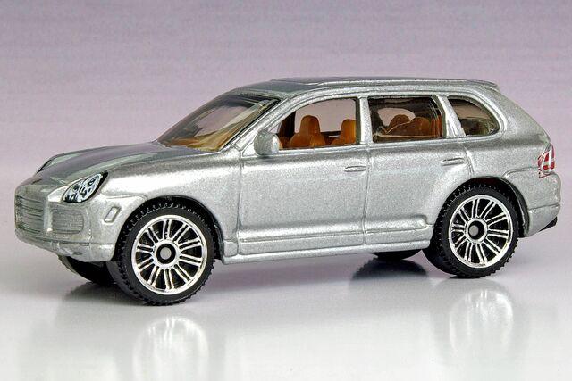 image matchbox porsche cayenne turbo 10 pack matchbox cars wiki. Black Bedroom Furniture Sets. Home Design Ideas