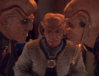 Quark und Ishka streiten
