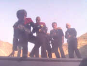 Die Gruppe dringt in das Jem'Hadar-Schiff ein