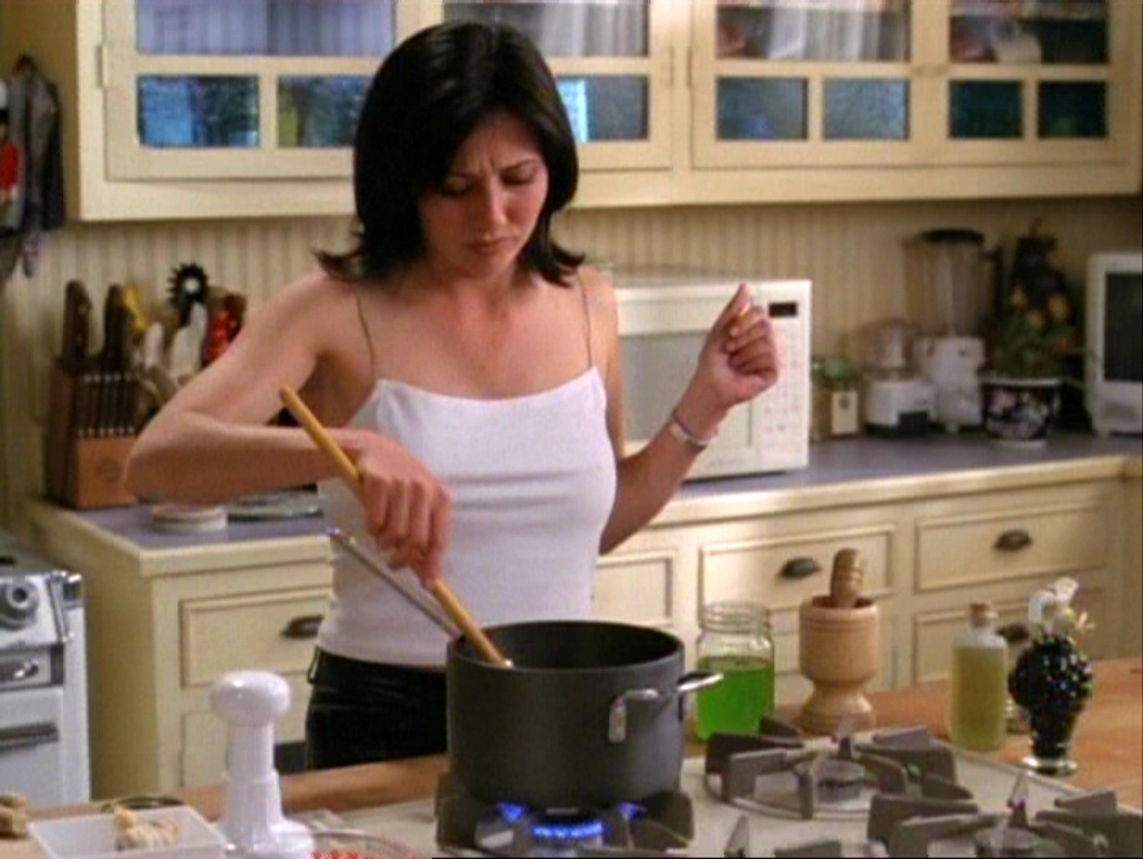 1x19 pruepotion for The charmed kitchen