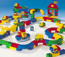 9067 DUPLO Basic Brick Runner