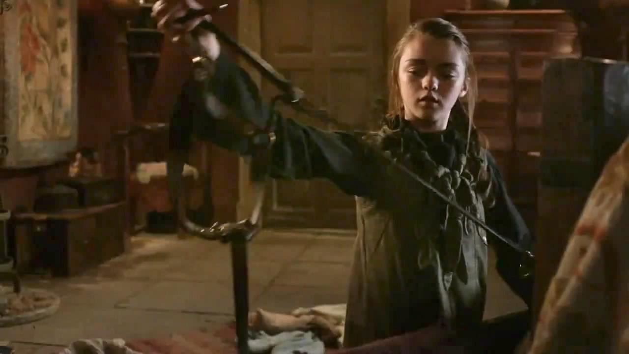 Arya Stark examining Needle Arya Stark Season 4 Needle