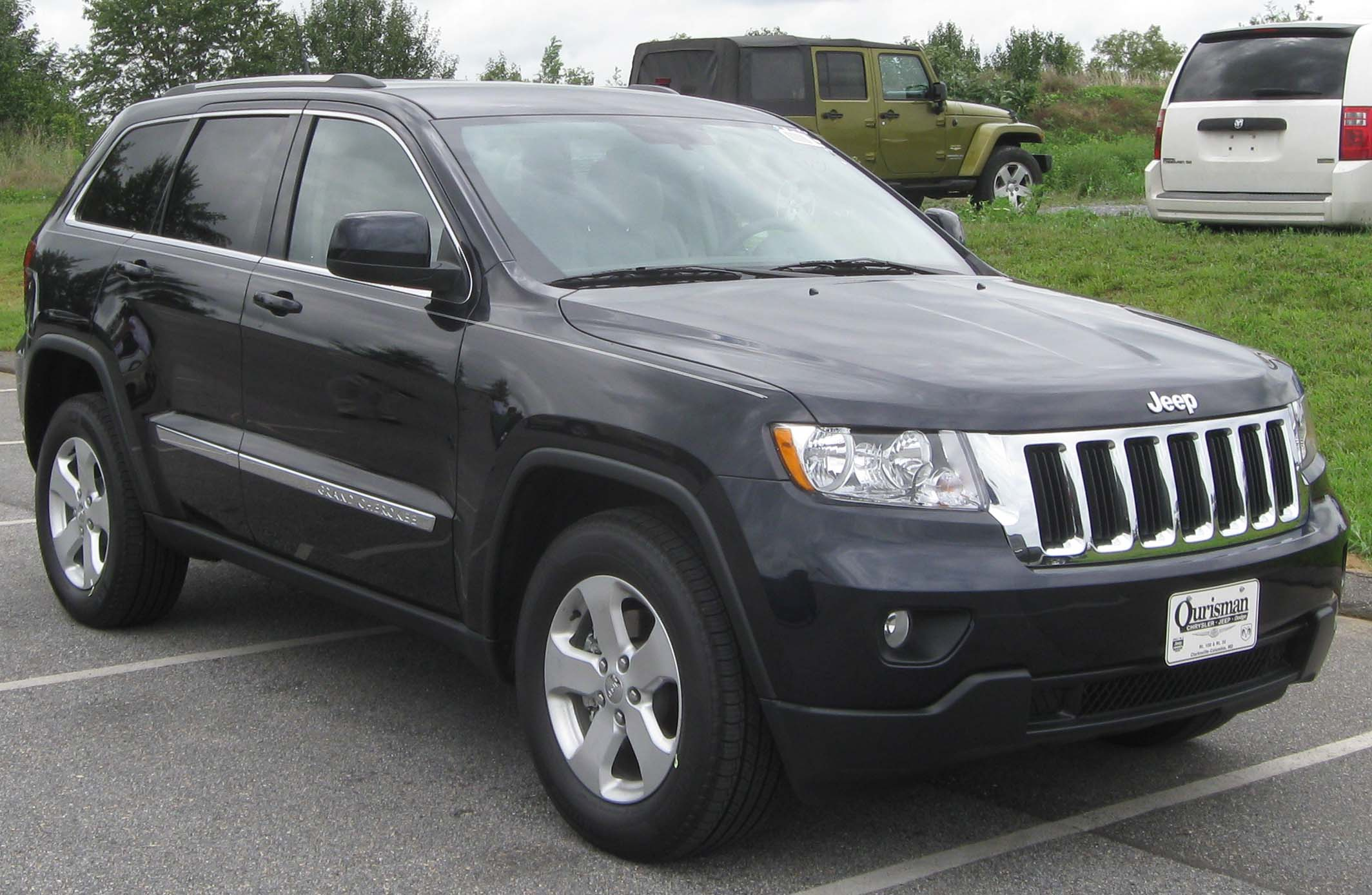 jeep grand cherokee tractor construction plant wiki. Black Bedroom Furniture Sets. Home Design Ideas