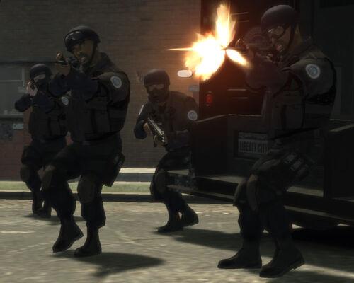 comment avoir un uniforme de police dans gta 4