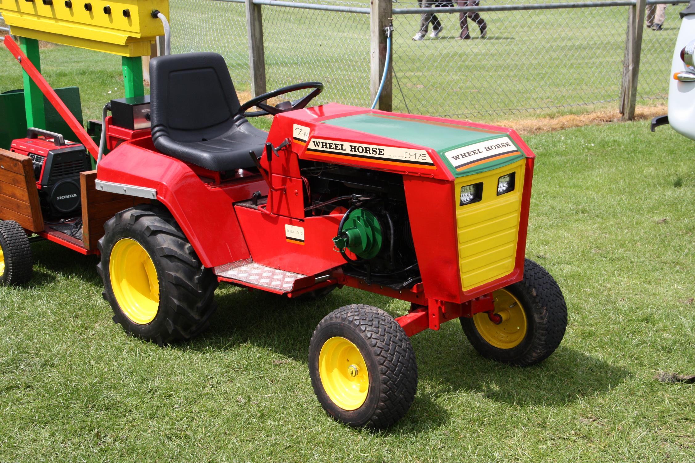 Wheel Horse Tractors : Wheel horse tractors tractor construction plant wiki