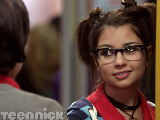 imogen from degrassi with her hair down - photo #1