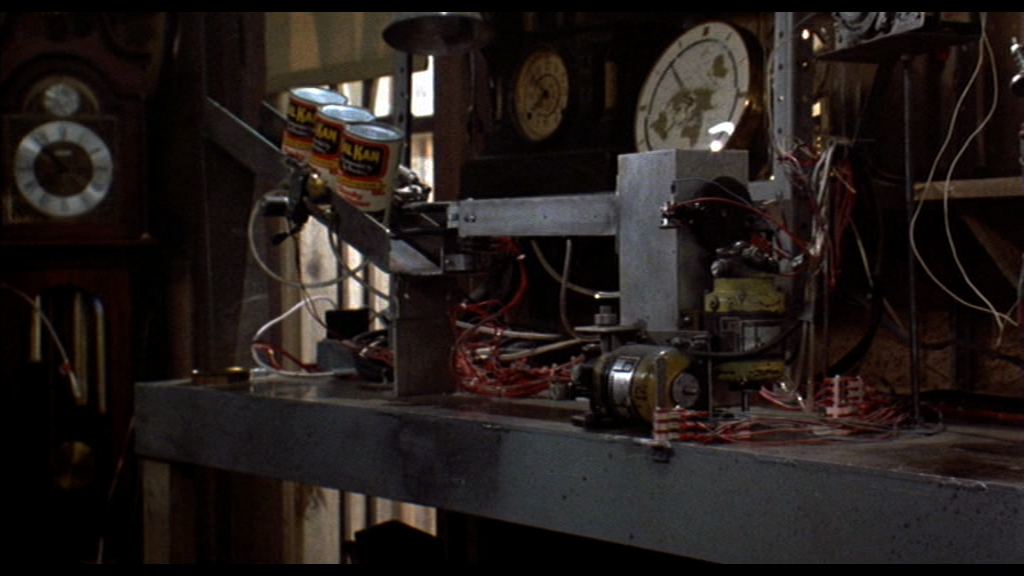 http://img3.wikia.nocookie.net/__cb20110812163721/bttf/images/8/8d/Automatic_dog_feeder_2.png