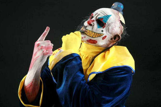 Risa Muerta ( team with Payaso Loco ) Monster_Clown