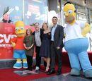Criador de 'Os Simpsons' ganha estrela na Calçada da Fama.