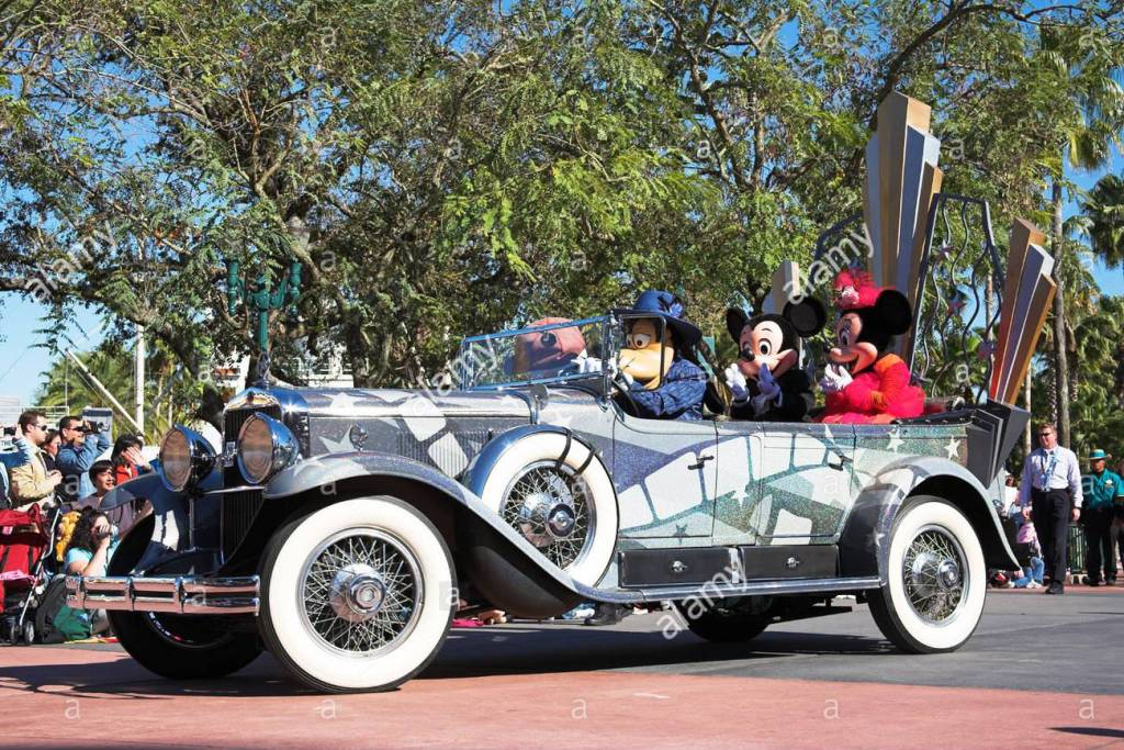 Disney Stars And Motorcars Parade Disneywiki