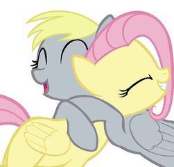 [Bild: 251px-FANMADE_Derpy_hugging_Fluttershy.jpg]