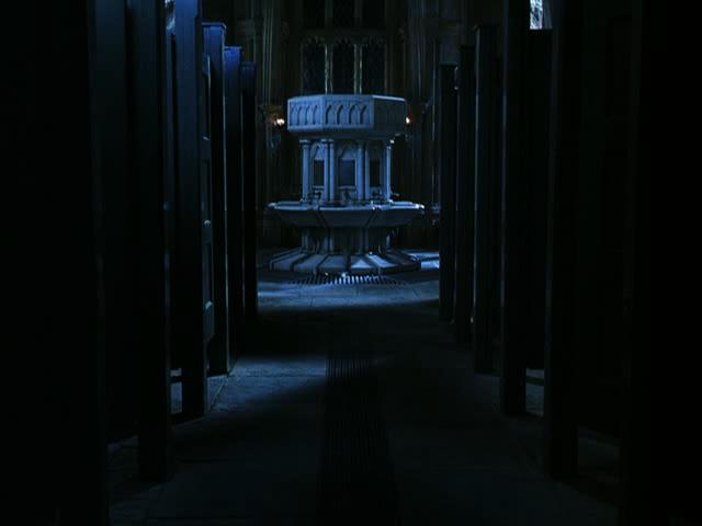 La maledizione del castello 1997 full vintage movie 8
