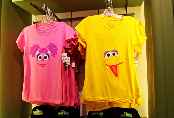 Cookie Monster Felt Mag additionally Simpsons Crowns True Detective Yellow King Photo furthermore Funny   Crazy   Picture   Cute   Life   Quotes   L furthermore Cookie Monster Motorcycle Helmet as well 559994534896585592. on oscar grouch t shirt