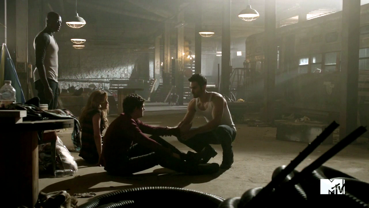 http://img3.wikia.nocookie.net/__cb20120816004053/teenwolf/images/c/c5/The_lair.png