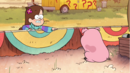S1e9 mabel sees waddles.png