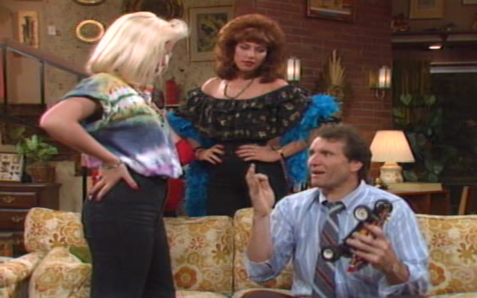Married With Children S01E13 Johnny Be Gone - video