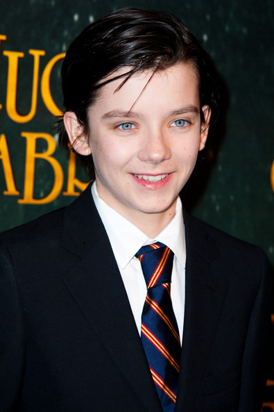 Asa_Butterfield_Hugo_Cabret_3D_Paris_Pre