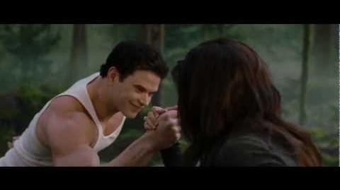 THE TWILIGHT SAGA BREAKING DAWN PART 2 - Clip