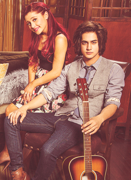 are ariana grande and avan jogia dating 2012