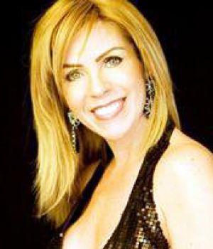 Rocío Sánchez Azuara (n. Tamazunchale, San Luis Potosí; 27 de junio de 1963) es una presentadora de televisión mexicana. - Rocio-sanchez-azuara-300x350