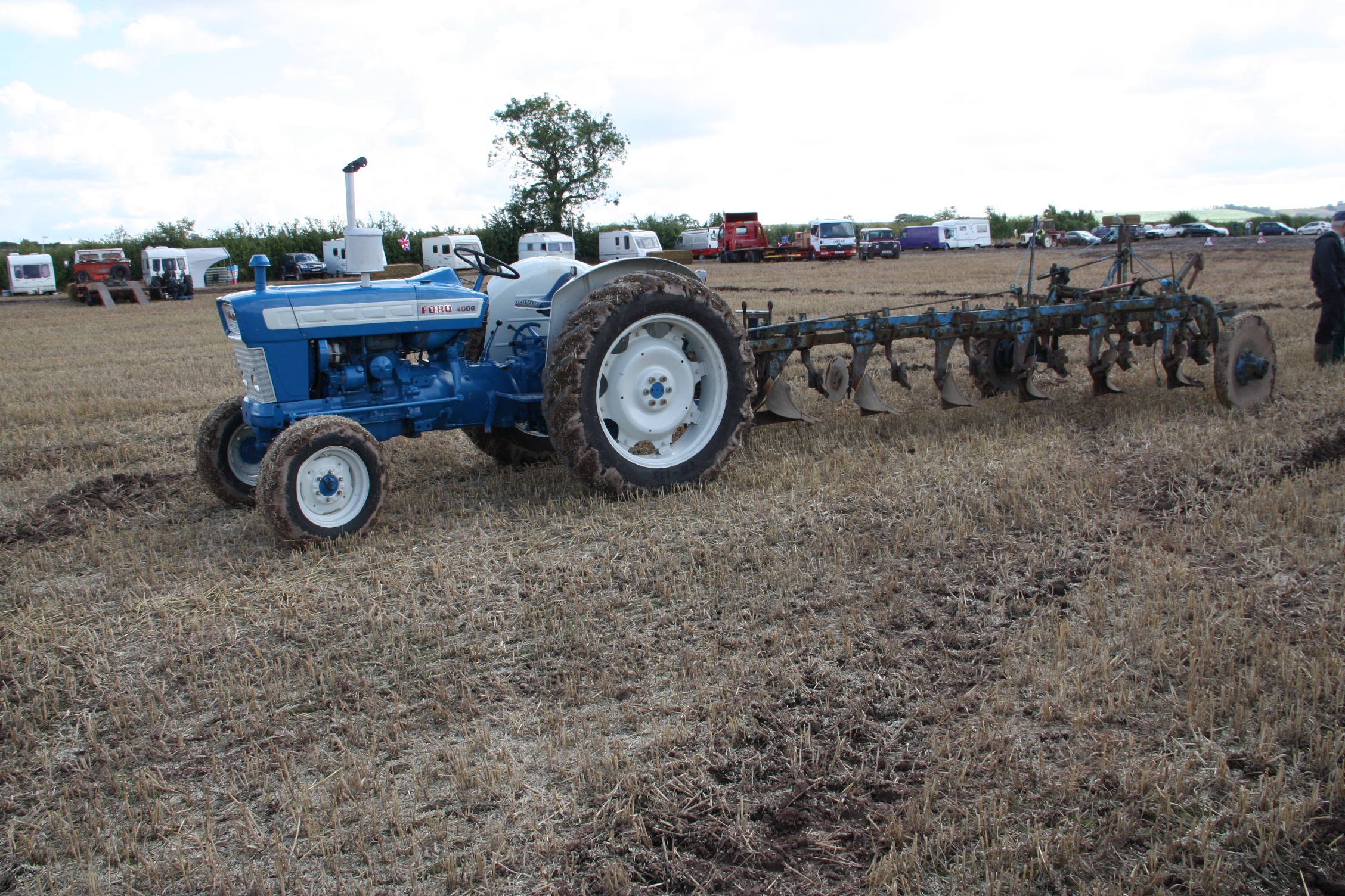Ford 4000 Plow : Ford tractor construction plant wiki the