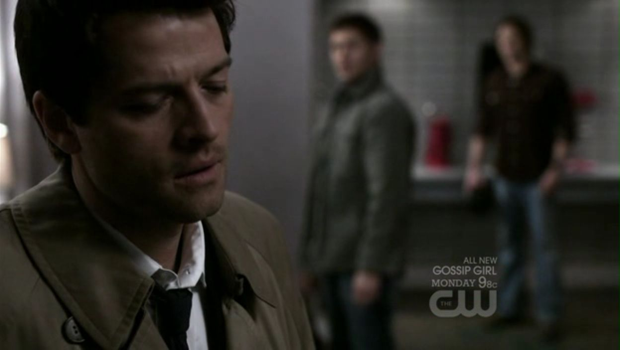 Supernatural Dean Gif Side-Of-The-Moon-dean-and-