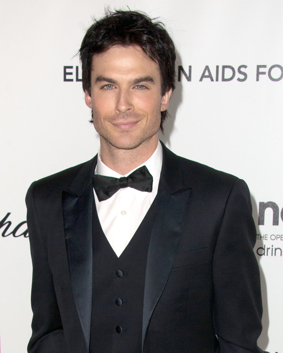 The 38-year old son of father Robert Somerhalder and mother Edna Somerhalder, 176 cm tall Ian Somerhalder in 2017 photo