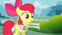 Apple Bloom with newspaper S2E23
