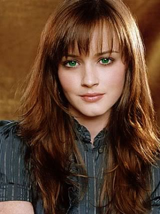 http://img3.wikia.nocookie.net/__cb20130402225705/beauxbatonsacademy/images/5/54/Brown_hair_green_eyes_girl.jpg