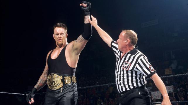 hulk hogan vs undertaker: