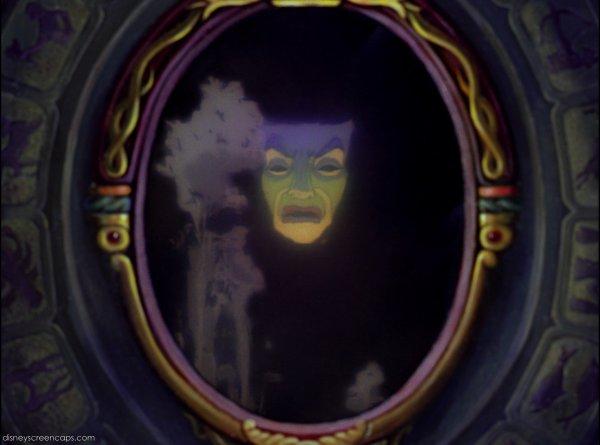Miroir magique wiki walt disney le monde magique de disney for Blanche neige miroir miroir