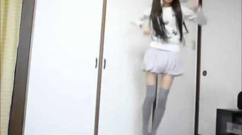 Danceroid Ikura Dancing to Happy Synthesizer Ikura