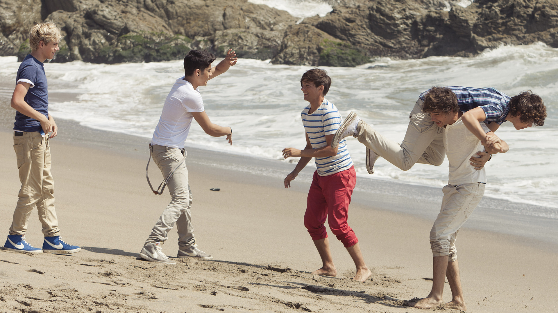 One Direction What Makes You Beautiful Pictures All Of Our Favourite B...