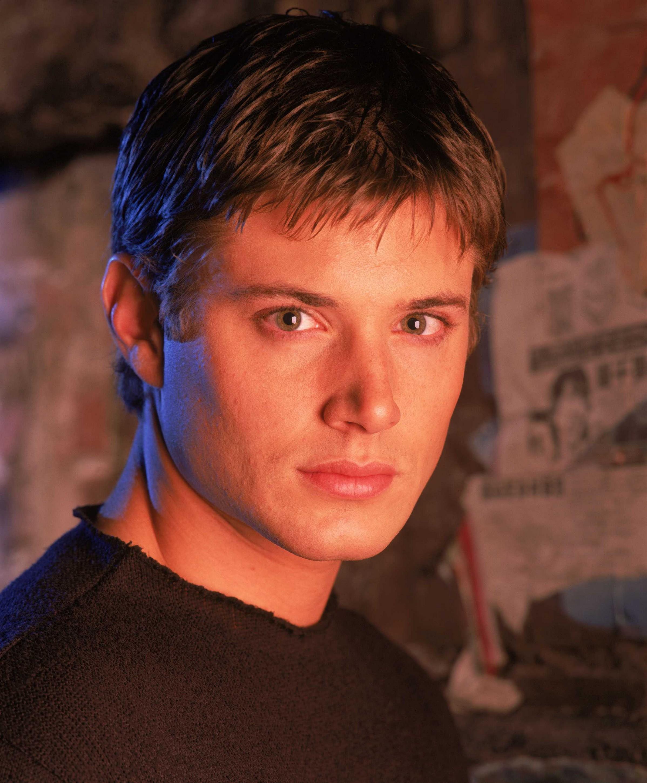 Jensen Ackles - Dark A...