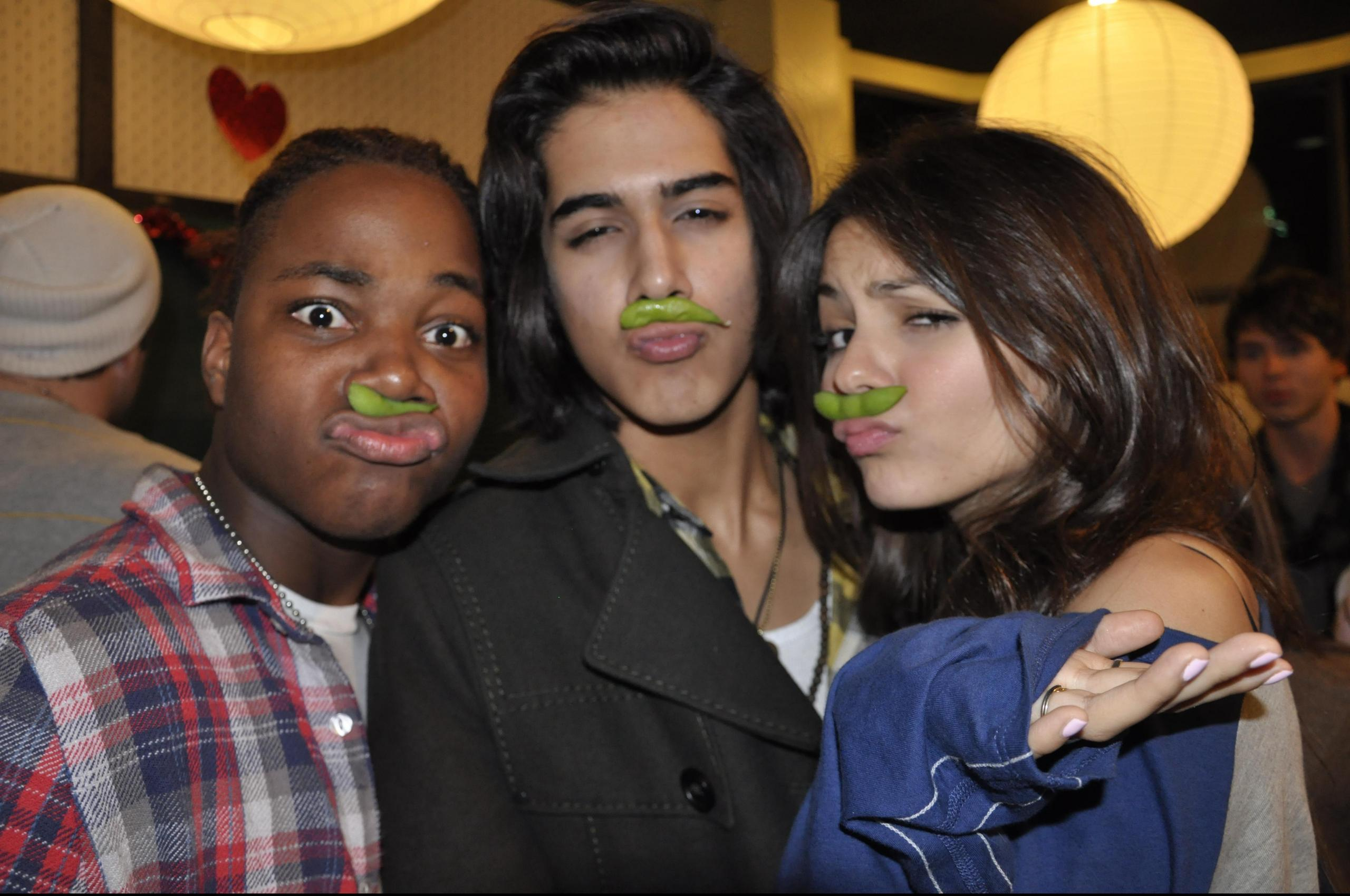 And Are Jogia Avan They Dating Victoria Justice