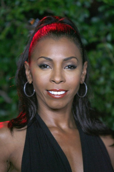 Khandi Alexander a different world