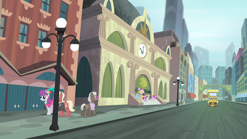 http://img3.wikia.nocookie.net/__cb20140107224211/mlp/images/thumb/7/75/Main_cast_walking_out_of_the_train_station_S4E08.png/500px-Main_cast_walking_out_of_the_train_station_S4E08.png