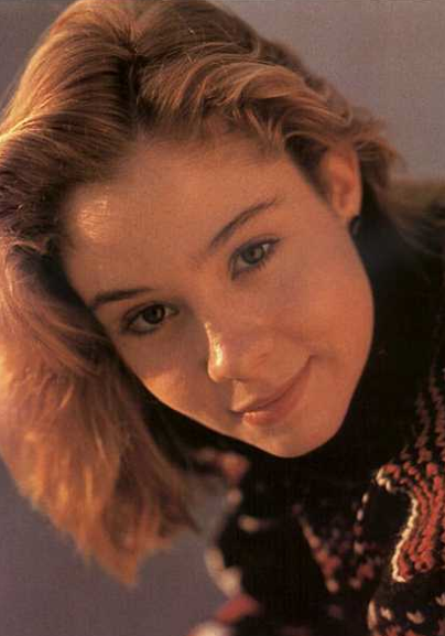 megan follows wikipedia español