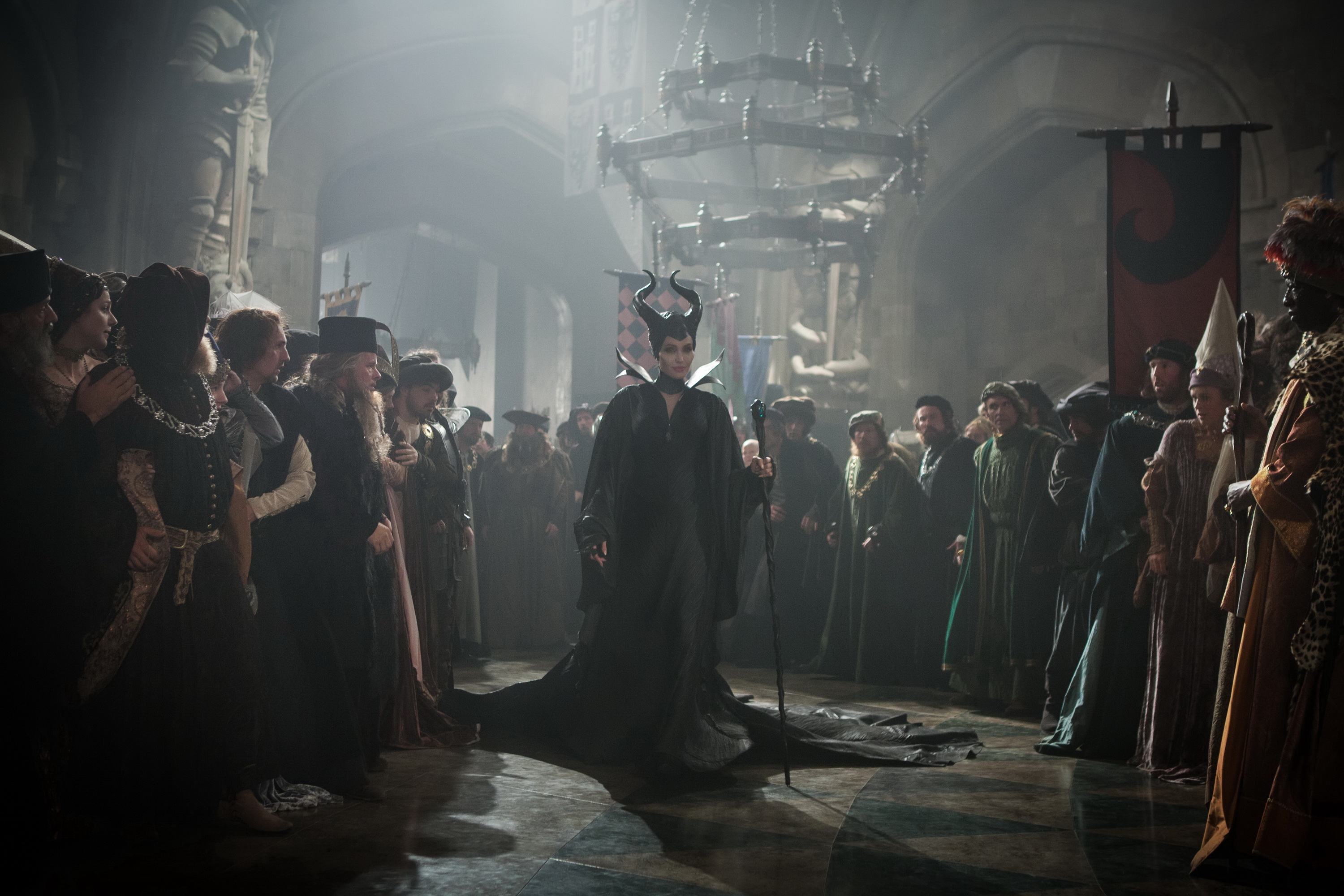 http://img3.wikia.nocookie.net/__cb20140325214725/disney/images/3/37/Maleficent-(2014)-52.jpg