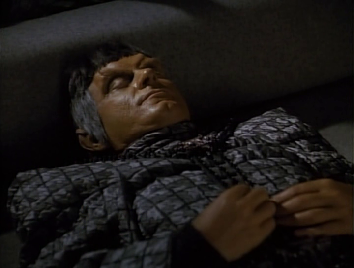 James_Sloyan_in_Star_Trek-The_Next_Generation-The_Defector.png