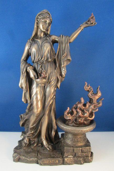 Image - Hestia statue 1.jpg - Greek-Goddesses Wiki