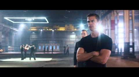 """Divergent"" Behind the Scenes Clip"