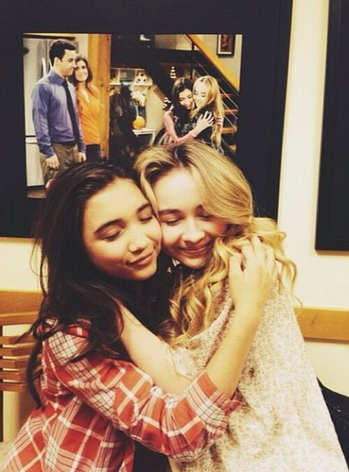 girl meets world sabrina carpenter and rowan blanchard Rowan blanchard gets close to her girl meets world family in this photo shared on instagram by her on-screen dad, ben savage the photo also includes sabrina carpenter, danielle fishel, august maturo, and peyton meyer.