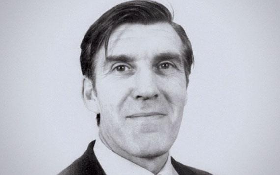 Robert Colin Holmes